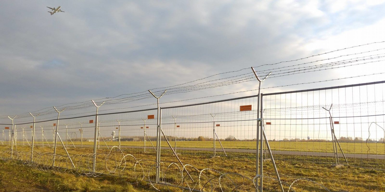 Lotnisko Okęcie Warszawa,