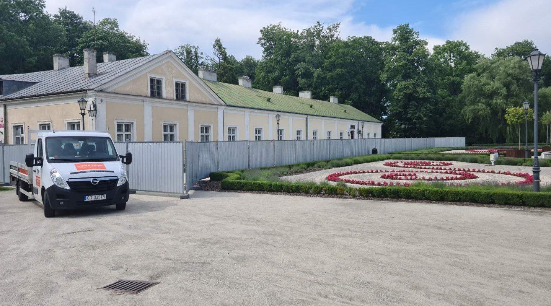 Pałac Małachowskich – Panel Pełny Alucynk